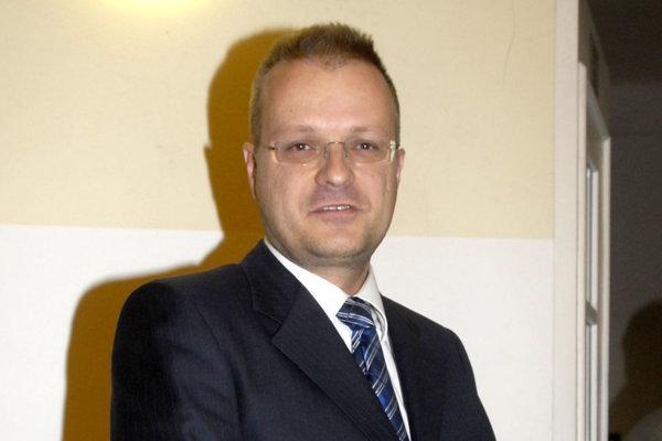 Igor Petrovčik. Rozhodnutie strany Most - Híd vidí ako štátnické rozhodnutie.