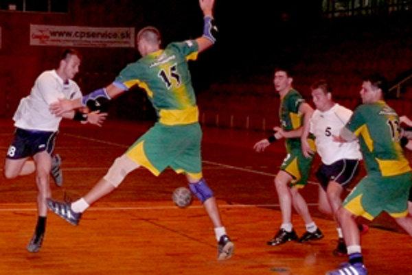 Na medzinárodnom turnaji v prievidzskej športovej hale zvíťazili bojnickí hádzanári.
