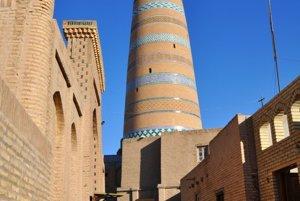 Minaret Islam Hodža je panoramaticku rozhľadňou.