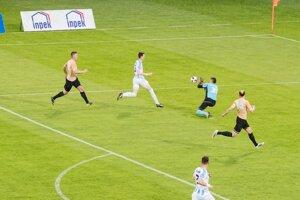 Najlepší strelec Nitry Filip Balaj dal v druhom polčase obidva góly zápasu.