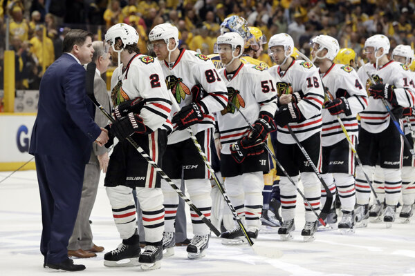 Hokejisti Chicaga vypadli už v prvom kole play-off, keď s Nashvillom prehrali 0:4 na zápasy.
