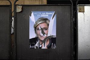 Volebný plagát Marine Le Penovej.