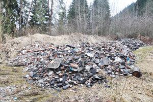 Majiteľ postupoval pri uložení odpadu vrozpore so zákonom.
