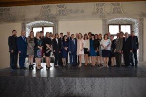Poďakovanie si prevzalo 23 učiteľov zo všetkých župných regiónov.