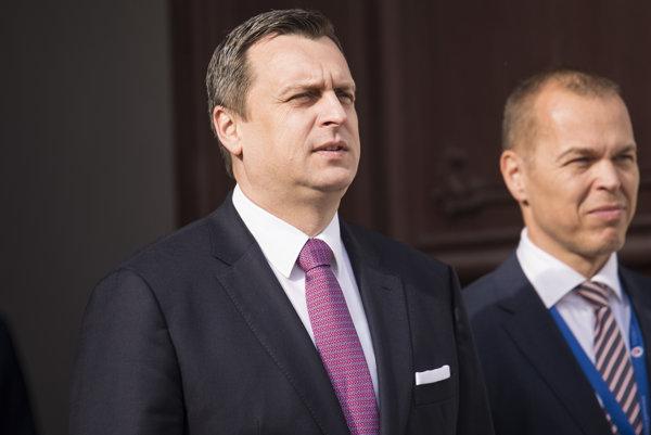 Predseda NR SR Andrej Danko (vľavo) a vedúci kancelárie NR SR Daniel Guspan.