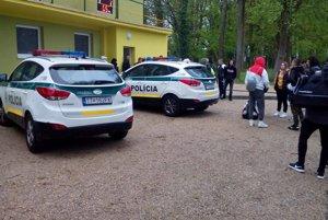 Po  zápase boli privolané aj policajné zložky.
