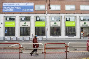 Takto je dnes označená pobočka Sberbank na Námestí SNP v Bratislave.