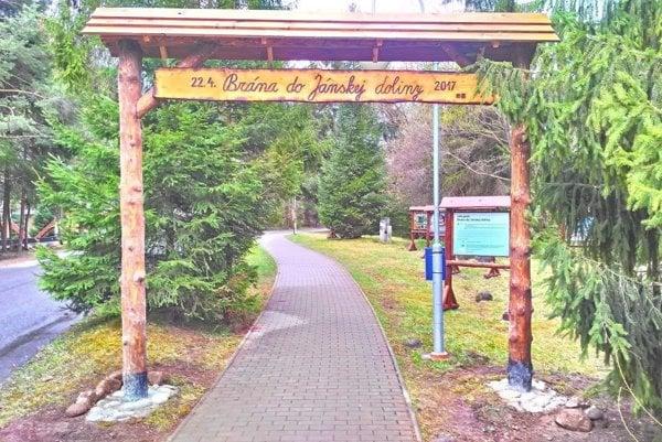 Brána do Národného parku Nízke Tatry v Jánskej doline.