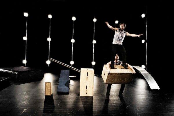 Švédsky ManuTiger Circus vystúpi v bratislavskom Divadle Nová scéna 23. mája.