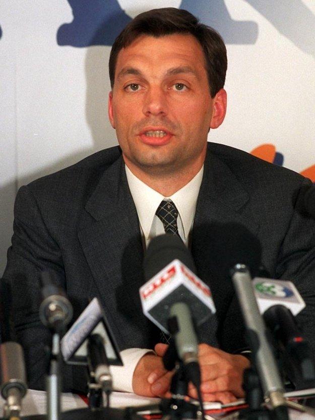 Viktor Orbán v roku 1998.