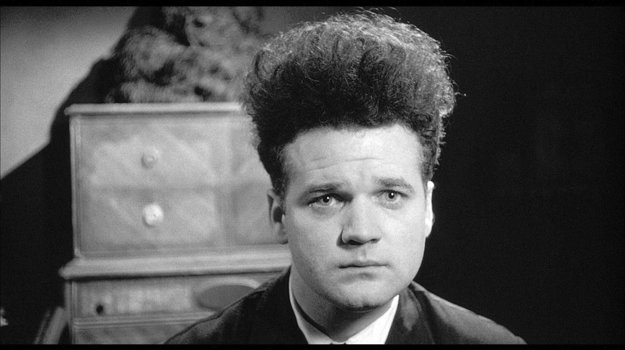 Mazacia hlava - prvý celovečerný film Davida Lyncha.