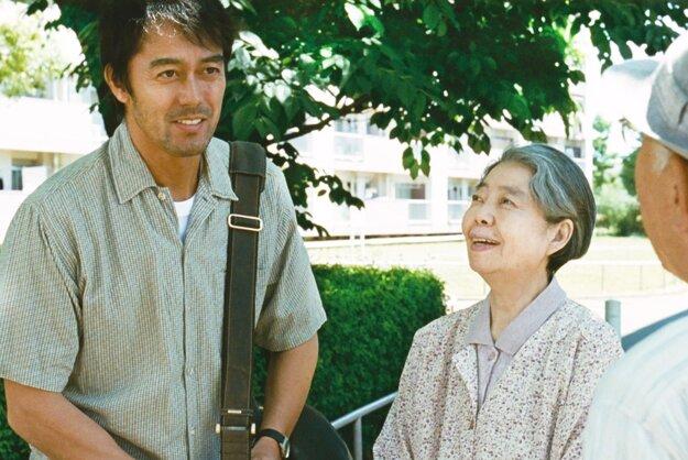 V hlavnej úlohe Hiroši Abe.