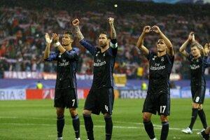 Hráči Realu Madrid sa tešia z postupu do finále Ligy majstrov.