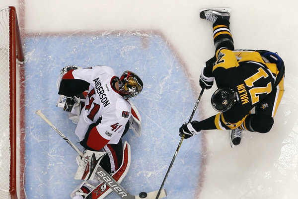 Lídrom produktivity play-off NHL je s 19 bodmi ruský hokejista Jevgenij Malkin z Pittsburghu Penguins.