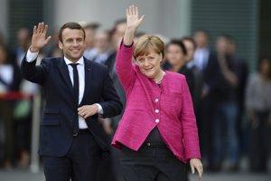 Francúzsky prezident Emanuel Macron a nemecká kancelárka Angela Merkelová.