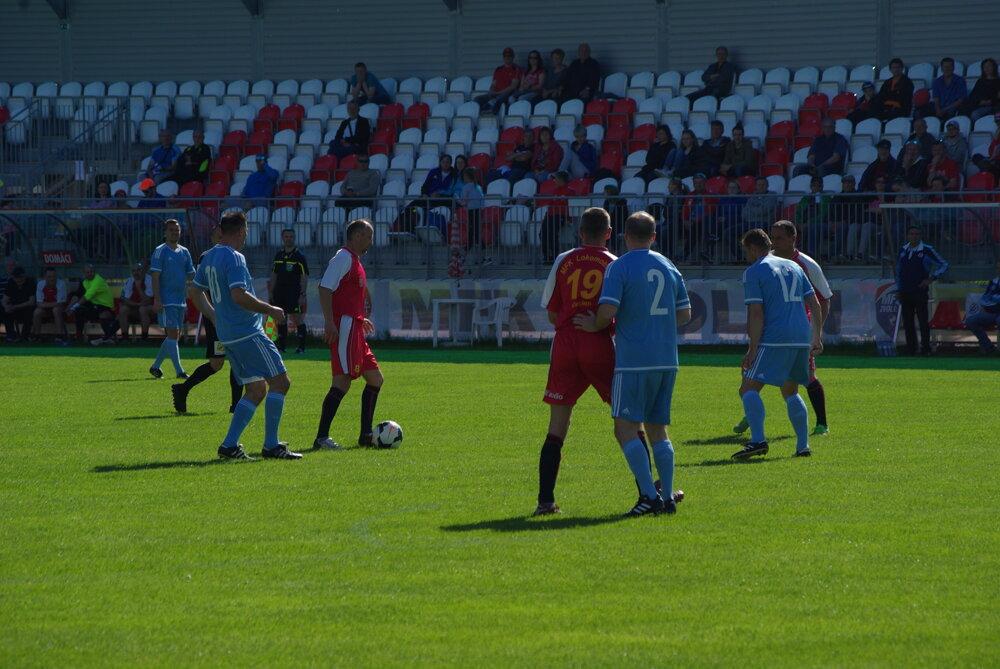 8af25bc08594c Zápas Old Boys MFK Zvolen - Slovan Bratislava. 9/9. Zväčšiť Všetky fotky