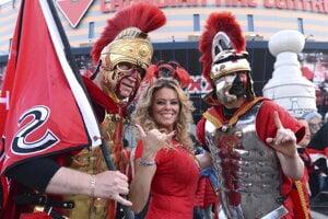 Fanúšikovia Senators si už pred zápasom boli istí triumfom svojich miláčikov.