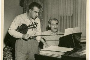 Walter Kaufmann si presadil štúdium hudby proti vôli rodičov a v Berlíne muzicíroval aj s Albertom Einsteinom. Nacizmus ho vyhnal do exilu v Indii a do Československa sa nevrátil ani po vojne.