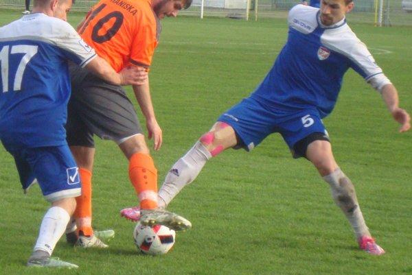 Vlad Mazur (vpravo) dal dva góly.