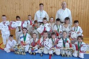 Karate klub Topoľčany.