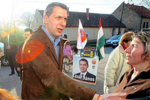 János Lázár počas predvolebnej kampane.