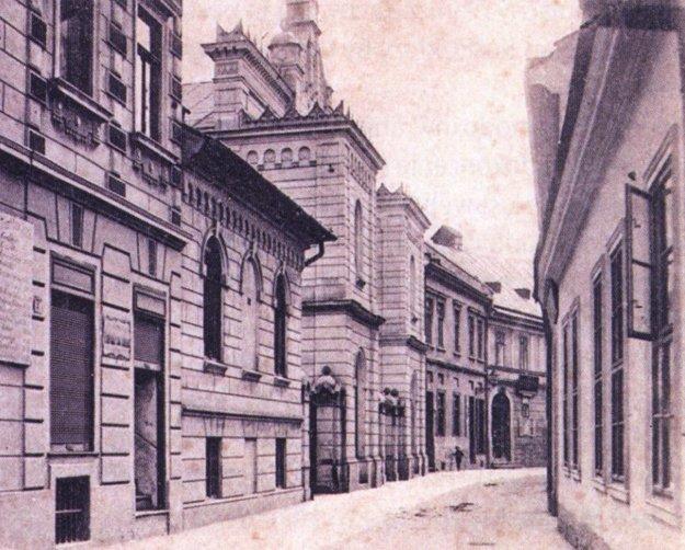 Synagóga na Zvonárskej ulici.