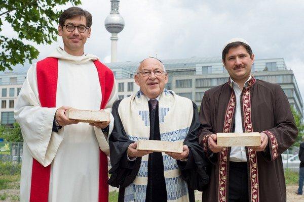 Predstavitelia troch náboženstiev chcú v Berlíne rovnakú adresu.