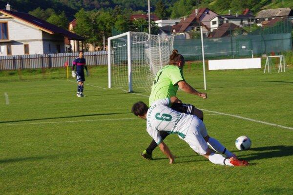 Zo zápasu Iv. ligy skupiny Juh Hriňová - Vinica