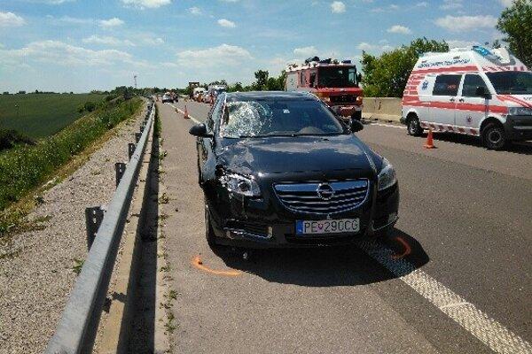 Nešťastie sa stalo na rýchlostnej ceste R1.