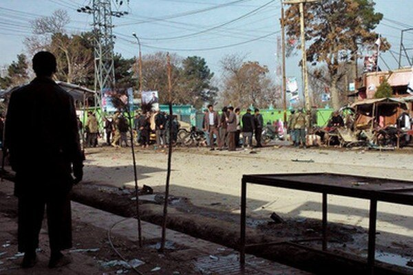 Útočník sa odpálil na rikši na trhovisku.