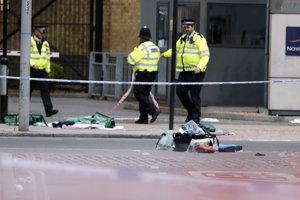 Polícia zhromažďuje dôkazový materiál.