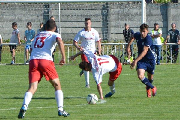 Peter Rybanský (vpravo) strelil v nedeľu tri góly.