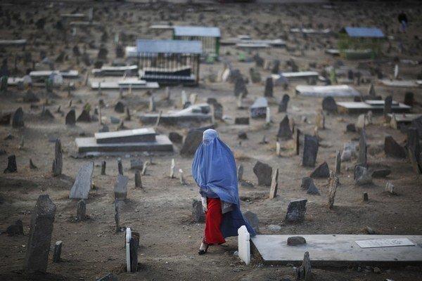 Afganské ženy nebudú môcť svedčiť proti svojim manželom ani vtedy, ak ich znásilnia.