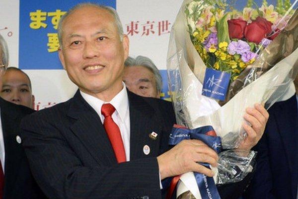 Víťaz volieb Joiči Masuzoe.