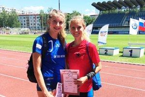 Emma Zapletalová a Lenka Kovačovičová mali na M-SR zhodnú bilanciu - v individuálnych disciplínach získali zlato a striebro, v štafetách pridali ďalšie dve prvenstvá.