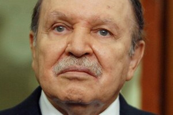 Bývalý prezident Abdal Azíz Buteflika.