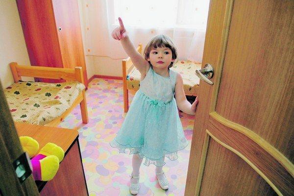 V Petrohrade existuje špeciálny sirotinec pre malé deti, ktoré trpia na AIDS.