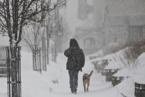 Teploty v stupňoch Celzia a stupňoch Farenheita sa vyrovnali. Na pocit je -40 stupňov.