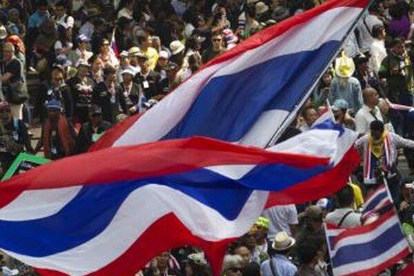 Thajčania chcú novú vládu.