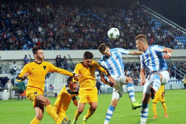 Bude sa opäť hrať v Nitre prvoligový futbal pred peknou kulisou? Snímka je z jesenného zápasu UEFA Youth League proti Málage.