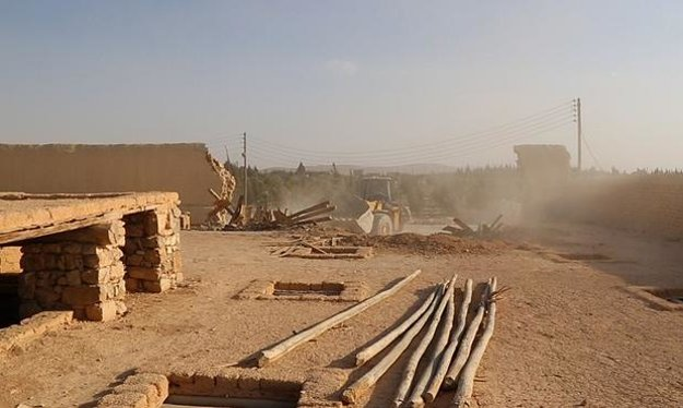 ISIS ničí Kostol sv. Eliáša.