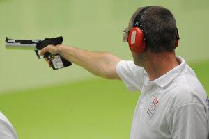 Na snímke pištoliar Pavol Kopp v kvalifikácii vzduchovej pištole na 10 m počas  XXXI. letných olympijských hier v brazílskom Riu de Janeiro.