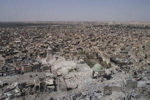 Zničený Mosul.