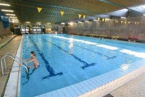 Okrem plaveckého majú aj bazén pre neplavcov.
