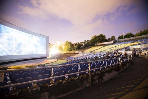 Letné kino v Amfiku čakajú posledné letné premietania.