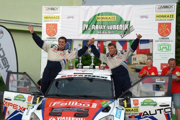 Grzegorz Grzyb (vpravo) doposiaľ vyhral vcelkovom poradí vLubeníku päťkrát.