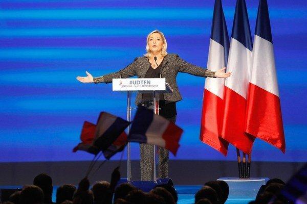 Le Penová láka voličov tradičných strán.