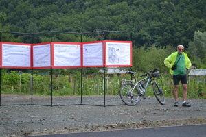 Informačné tabule. O pripravovaných ďalších cyklochodníkoch.