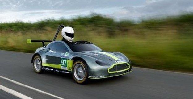 Najnovší špeciál z dielne Aston Martin si vystačí aj bez motora.