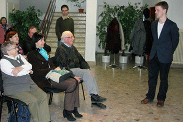 Martin Dámer (vpravo) predstavil svoj film aj v Hornonitrianskom múzeu v Prievidzi.